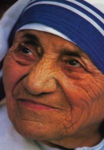 Mother_Teresa_(1)_[Mobile07.net]